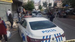 Esenyurtta otomobilden kahvehaneye ateş açıldı: 1 yaralı
