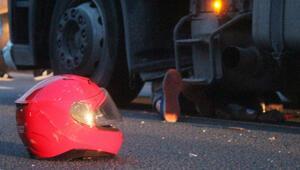 Yola dökülen gübre faciaya neden oldu... 6 araç birbirine girdi