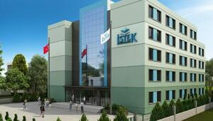 İstek İzmir Anadolu Lisesi yeni kampüsünde
