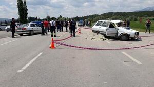 Kazada sürücü ve eşi öldü, gelinleri yaralandı