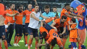 Fenerbahçe gözünü kararttı Başakşehirden 4 oyuncu...