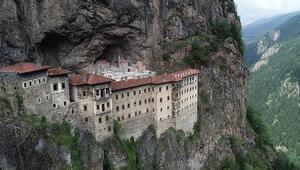Sümela Manastırının açılışı turizmcileri sevindirdi