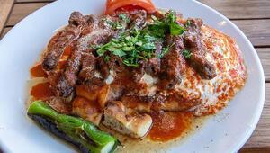 Yöresel lezzetlere hayran olanların iftar sofraları için çeşit çeşit tarifler