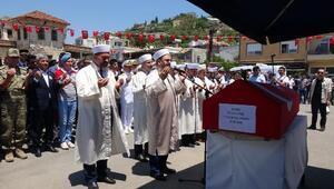 Şehit uzman onbaşı Yaşar Yıldırım gözyaşlarıyla son yolculuğuna uğurlandı