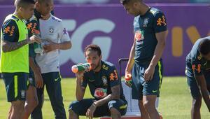 Neymara kaptanlık şoku