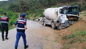 Beton mikseriyle çarpışan aracın sürücüsü öldü