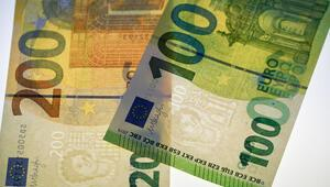 Yeni 100 ve 200 Euro'lar piyasaya çıktı