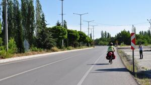 Çevre için bisikletle Avrupa turuna çıkan İsviçreli, Beyşehire geldi