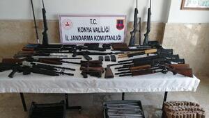 Beyşehirde kaçak silah operasyonu: 2 gözaltı