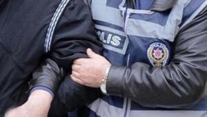 İzmirde FETÖ operasyonu: 8 gözaltı