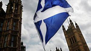 İskoçya, bağımsızlık referandumuna imkan verecek tasarıyı parlamentoya sundu