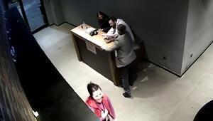 """Patrondan çalışanlarına """"ayağa kalkmadın"""" dayağı kamerada"""
