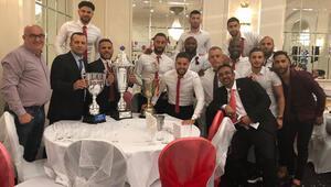Dumlupınar Yeni Malatyaspor Londrada şampiyon oldu
