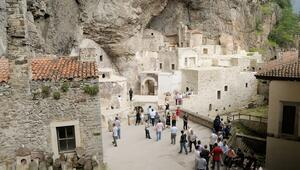 Sümela Manastırına 4 günde 2 bin ziyaretçi