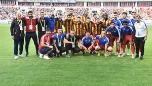Yeni Malatyasporda 10 futbolcunun sözleşmesi bitti