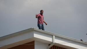Çalıştığı inşaatın çatısında intihara kalkıştı