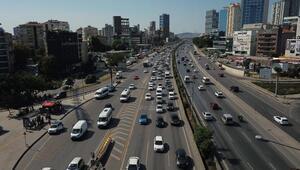 Son dakika... İstanbul trafiğinde tatil yoğunluğu başladı