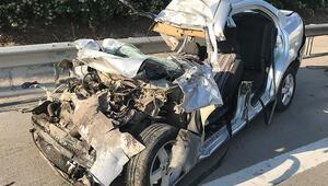 TIRa çarpan otomobilde korkunç ölüm