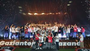 Gazişehir Gaziantep'ten görkemli Süper Lige yükselme kutlaması