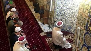 Ali Erbaş, Ramazan ayının son teravih namazını kıldırdı