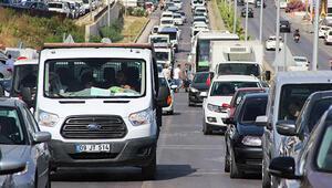 Bodrum'da araçlar 4 km'lik yolu 45 dakikada geçti