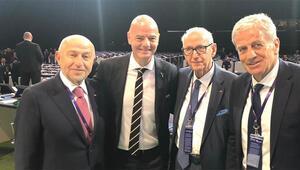 TFF Başkanı Nihat Özdemir, Infantinoyu tebrik etti