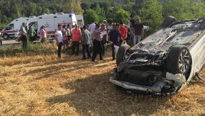 Kahramanmaraşta takla atan otomobildeki 6 kişi yaralandı