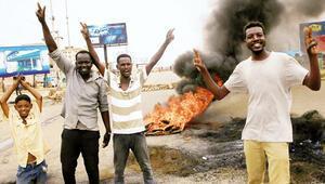 Sudan'da  görüşme  teklifine ret: Halka ateş açılırken diyalog olmaz