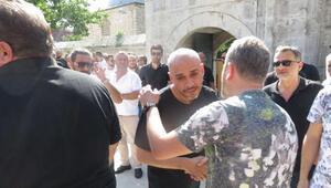Ünlü Rapçi Cezanın babası son yolculuğuna uğurlanıyor