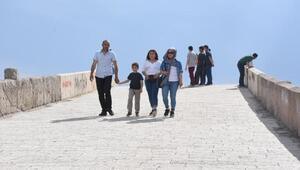 Kırıkkalede tarihi köprüye ziyaretçi akını