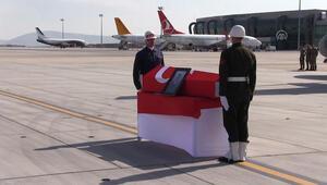 Şehit astsubay Harmankayanın cenazesi memleketi İzmire gönderildi