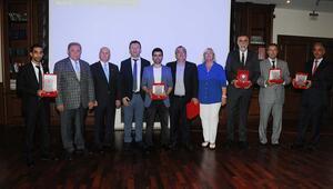Yılın Enleri ödüllerine kavuştu Finesse ve Ahmet Çelik zirvede...