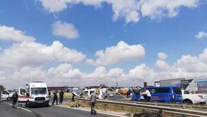Hafif ticari araç ileotomobil çarpıştı: 1 ölü, 1 yaralı