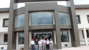 Susurluk Ticaret Borsası yeni binasına taşındı