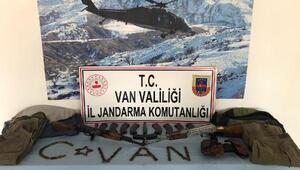 Başkalede PKKnın silah ve mühimmatı ele geçirildi