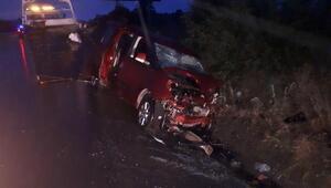 Hasta taşıyan taksi ile hafif ticari araç çarpıştı: 2 ölü, 5 yaralı