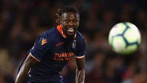 Emmanuel Adebayor sürprizi Bedavaya...