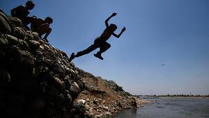 Hindistanda kuraklık felaketi: Sıcaklık 50 °Cyi aştı, çiftçiler intihar ediyor