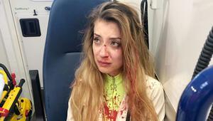 İki Türk kıza çirkin saldırı: Göğüslerine dokunup yumrukla burnunu kırdılar, kafasına şişe fırlattılar
