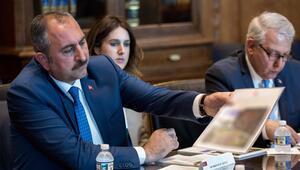 Bakan Gül: FETÖ elebaşıyla ilgili yeni belgeler ABDye verildi