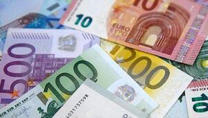 Euro Bölgesinde sanayi üretimi nisanda düştü