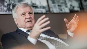 Almanya İçişleri Bakanı, kiralara 5 yıl zam yasağı planına karşı çıktı