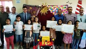 Nurdağı'nda öğrencilerin karne sevinci