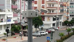 Anamur emniyeti trafiği 126 gözle denetliyor