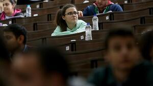 YKS  sınavında hangi eşyalar yasak Sınava para ile giriliyor mu