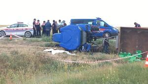 Devrilen traktörün Afgan sürücücü öldü