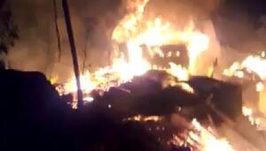 Yusufeli'nde 10 ahşap ev yandı: 1 ölü