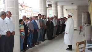 Çelikhan'da, Mursi için gıyabi cenaze namazı kılındı
