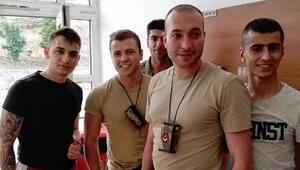 Tolga Sarıtaş ve Görkem Sevindikin askerlik fotoğrafları ortaya çıktı