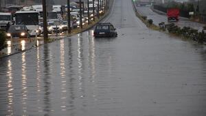 İzmir - Ankara yolu ulaşıma kapandı